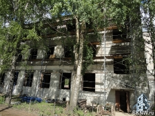 Реноация фасада декоративной штукатуркой ATLAS и архитектурными элементами_1